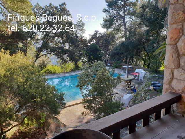 Casa En venta en Begues photo 0