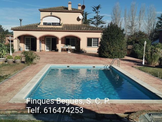 Casa en Begues con espectacular jardín de 7.000 metros photo 0