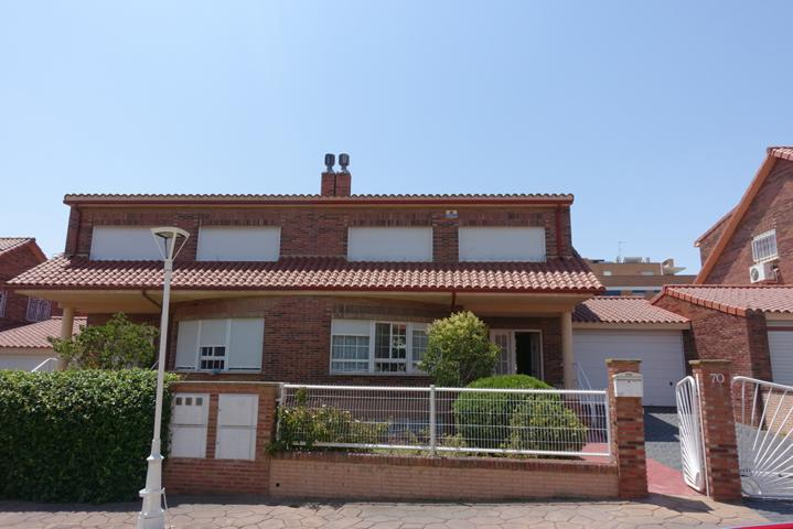 Comprar Pisos y Casas de 4 Habitaciones en Cuarte de Huerva ...