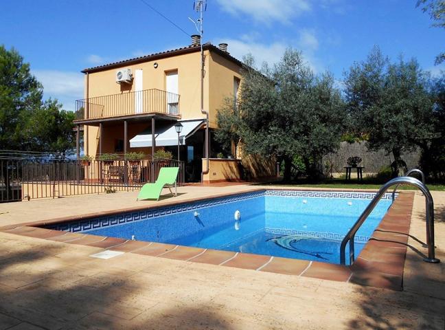 Casa En venta en Calle General Perallta, Girona Capital photo 0