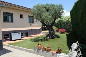 Casa En venta en Girona Capital photo 0