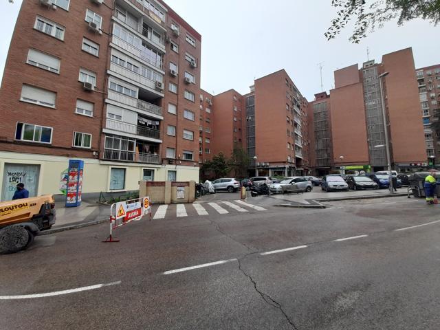 Piso En venta en Calle Illescas, Aluche, Madrid Capital photo 0