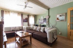 Bonito piso totalmente reformado en zona chorrillo photo 0