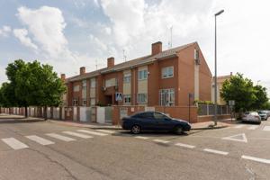 Piso En venta en Alcala De Henares - Jose Maria Peman, 25, Alcalá De Henares photo 0