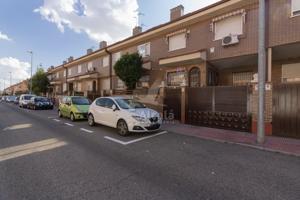 Piso En venta en Alcala De Henares - Ruben Dario, 49, Alcalá De Henares photo 0