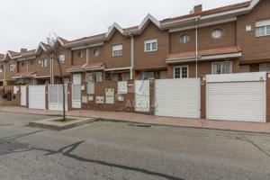 Piso En venta en Alcala De Henares - Octavio Paz, 3, Alcalá De Henares photo 0