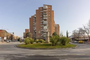 Piso En venta en Alcala De Henares - Val Del, 3, Alcalá De Henares photo 0