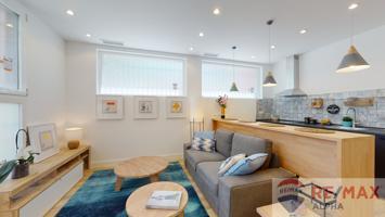 Espectacular vivienda de dos dormitorios en una de las mejores zonas de Coslada photo 0