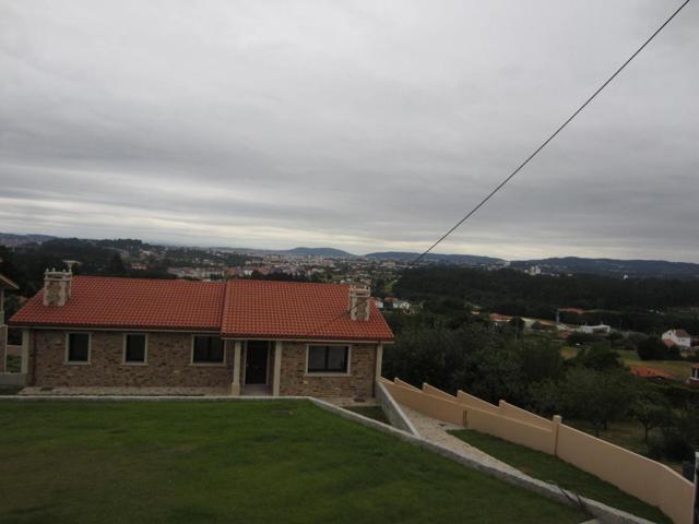 Casa En venta en Narón photo 0