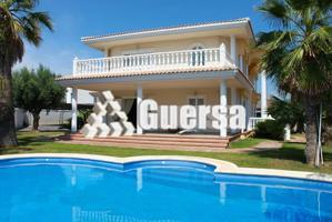 Chalet de lujo de reciente construcción  en zona de Montealegre, excelentemente situado .próximo al metro y núcleo urbano. http:www.guersa.es photo 0