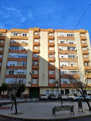 Tecnocasa vende magnifico piso de 94 m2, en las Colonias, Plaza de los Dolores, Huelva. photo 0