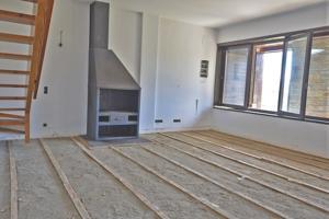 Casa Adosada en venta en Meranges, con 110 m2, 4 habitaciones y 2 baños y Garaje. photo 0