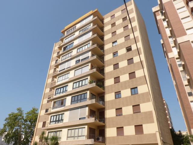 Pisos Y Casas A La Venta En Carrer D Espronceda Reus Tarragona