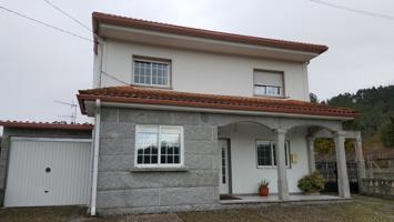 Casa En venta en Moraña photo 0