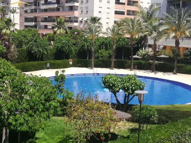 Piso en venta en Paseo Marítimo Antonio Banderas, 4 dormitorios. photo 0