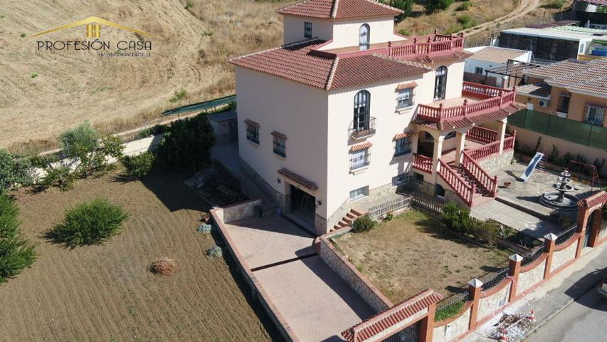 Villa indep. en venta en Casabermeja, 6 dormitorios. photo 0