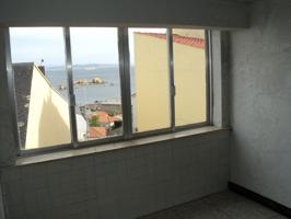 Casa a pocos metros de la playa del Baluarte y de la Cambra. Con vistas al mar. Se encuentra en buen estado de conservación, pero necesita reforma. photo 0