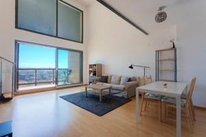 Loft con increíbles vistas. Edificio CREA junto a Cortes Valencianas photo 0