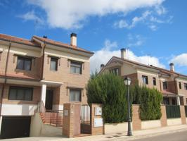 Casa En venta en Urbanización Chelva, 6, Aranda De Duero photo 0