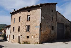 Casa En venta en Calle Mauricio Valdivielso, Peñacerrada- Urizaharra photo 0