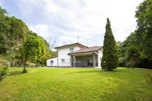 Casa En venta en Derio photo 0