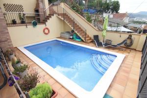 Casa a 4 vientos con piscina y grandes acabados photo 0
