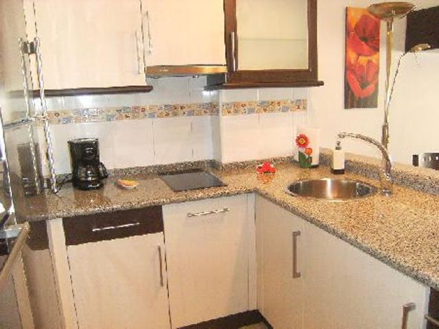 Estudio 40 m2, cocina americana, 1 dormitorio, baño. Terraza. Trastero y garaje photo 0