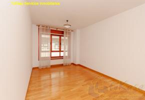 Piso céntrico 2 dormitorios 2 baños garaje y trastero photo 0