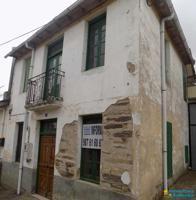 Casa de 115 m2 con una pequeña huerta en Lucillo photo 0