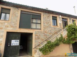 En Valdespino de Somoza se vende casa con fachada de piedra y finca photo 0