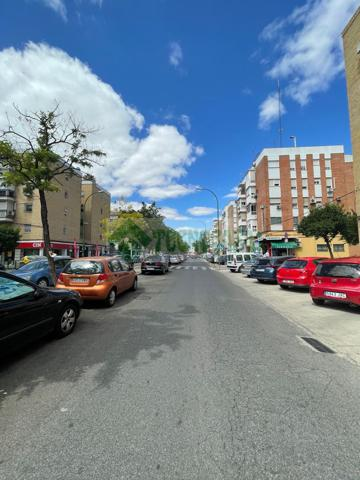 Piso En venta en Calle Tharsis, San Carlos - San José, Sevilla Capital photo 0