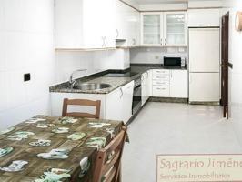 Impecable piso de dos dormitorios en Lonzas, garaje photo 0