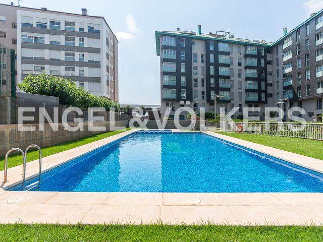 Moderno y muy luminoso piso en Vila-real photo 0
