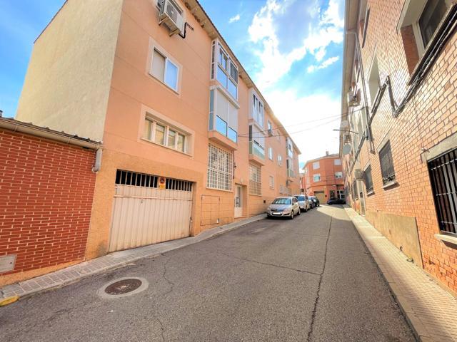 Piso En venta en Calle De La Amistad, Cabanillas Del Campo photo 0