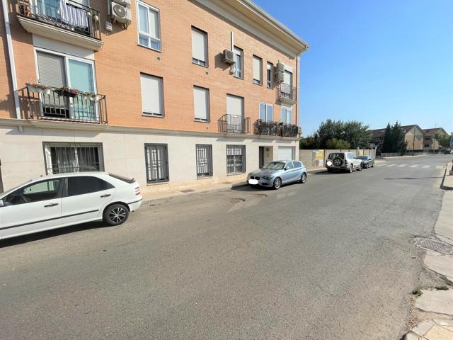 Piso En venta en Calle De Valmores, Alovera photo 0