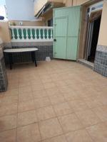 Planta baja en Venta en playa de Daimuz de 3 habitaciones, 1 baño, reformada photo 0