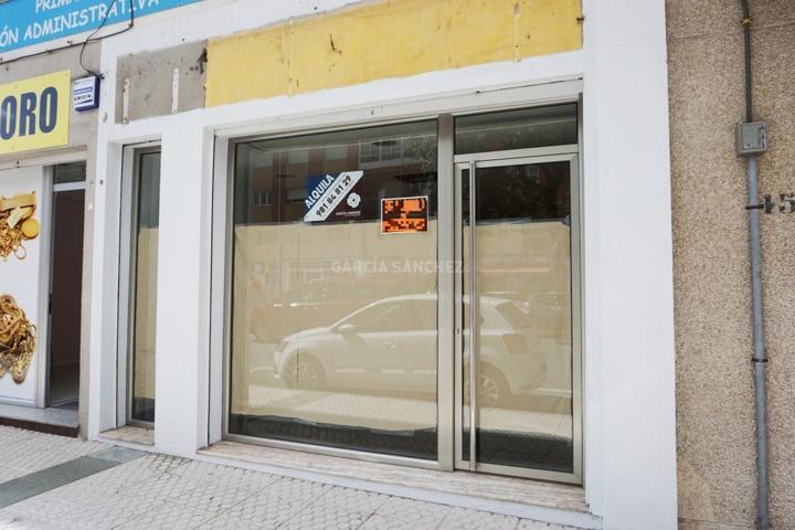 Local En alquiler en Avenida Constitución, Boiro photo 0