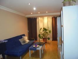 OPORTUNIDAD, vivienda de 3 dormitorios en Reyes Católicos, en perfecto estado, para entrar a vivir, mejor ver. photo 0