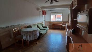 Reformado, tres habitaciones, terraza photo 0