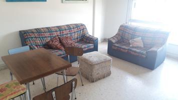 Piso 3 dormitorios en el centro de Cambados. photo 0