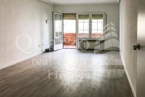 En venta espléndido piso en Alcalá de Henares, Madrid. photo 0