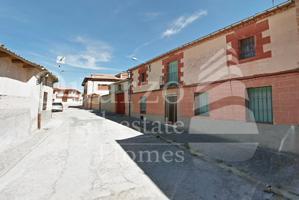 En venta casa con terreno en Escalona del Prado, Segovia. photo 0