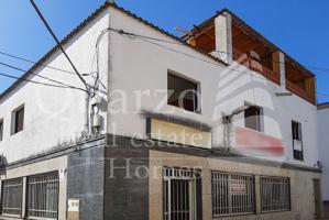 En venta espléndida vivienda a reformar en Torreorgaz, Cáceres. photo 0