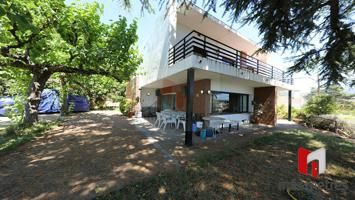 Casa En venta en Alella photo 0