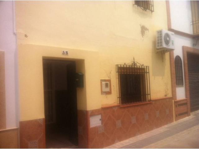 Casa En venta en Calle Arenilla, Palma Del Río photo 0
