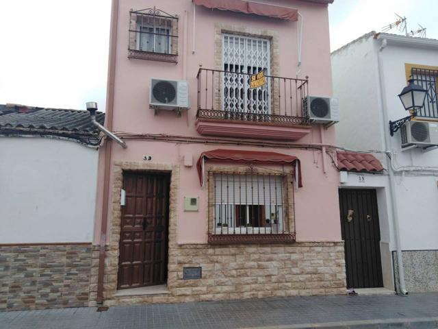 Casa En venta en Calle Olivos, Palma Del Río photo 0
