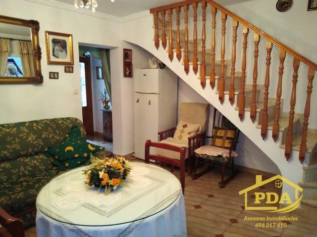 Casa en venta en Palma Del Rio, 4 dormitorios. photo 0