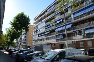 Piso En venta en Calle Nuevo Baztan, Alcalá De Henares photo 0
