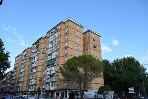 Piso En venta en Calle Calle Andrea Doria, Alcalá De Henares photo 0