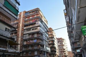 Piso En venta en Calle Jovellanos, Alcalá De Henares photo 0